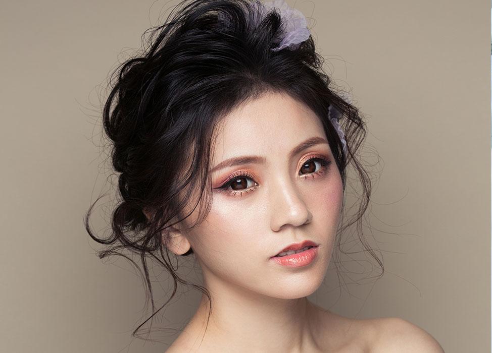 【伊莉莎白】唯美陶瓷妝容/自然蓬鬆空氣感線條髮型